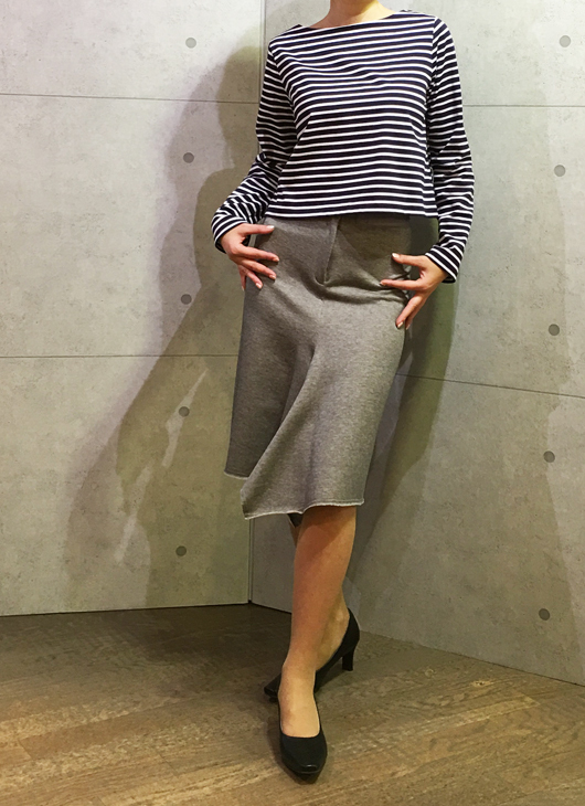 イリゼのカットソーのスカート