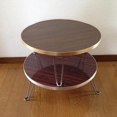 丸いミニテーブル