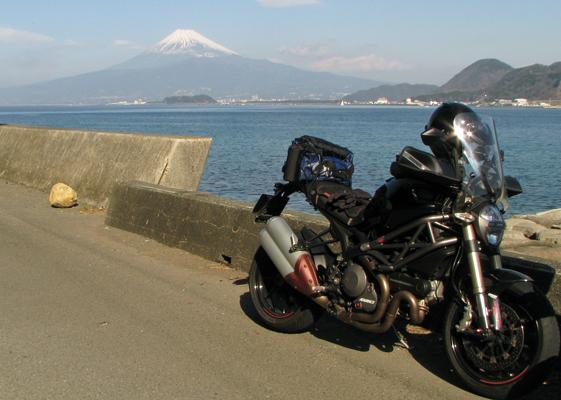 内海からの富士山