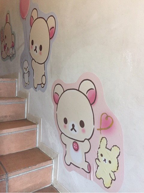 コリラックマカフェ 階段