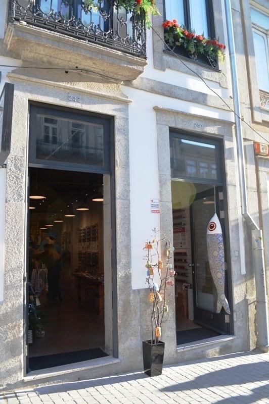 ⑪ポルト市内の缶詰専門店