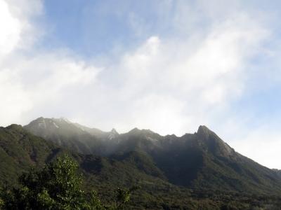 170210-2=雪のモ岳連峰fmONA温泉道