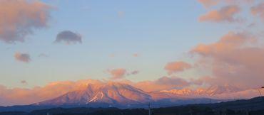 IMG_5628西の山々