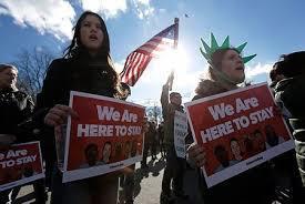 難民規制に抗議