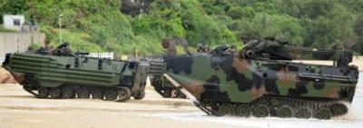CxRSLIHUcAAZskh陸自祭、米軍車両を初展示