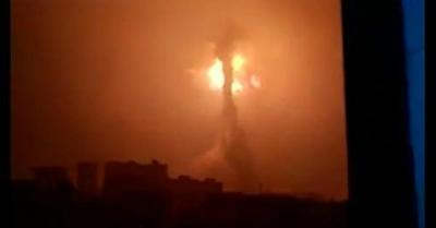 g-1iIA4O中国の工場 大爆発しキノコ雲