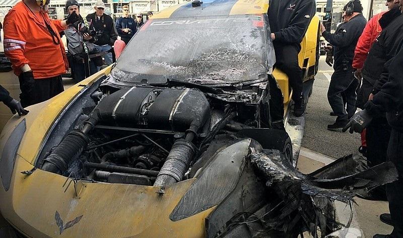 imsa-daytona-january-testing-2017-4-corvette-racing-chevrolet-corvette-c7-r-oliver-gavin-t.jpg
