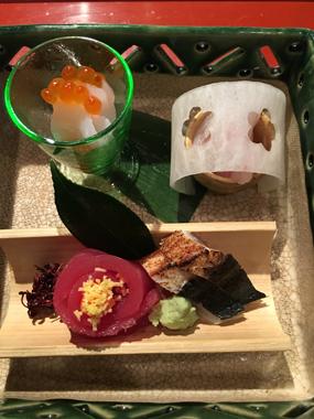 山本 日本料理 豊川 花屋 花夢