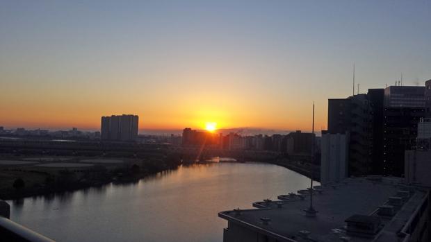①多摩川の初日