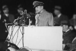 連合軍最高司令官として無法な対日占領作戦を敢行したマッカーサーでさえ、1951年5月3日、アメリカ上院軍事外交委員会において「日本が戦争に飛び込んでいった動機は、大部分が安全保障(自衛)の必要に迫られての