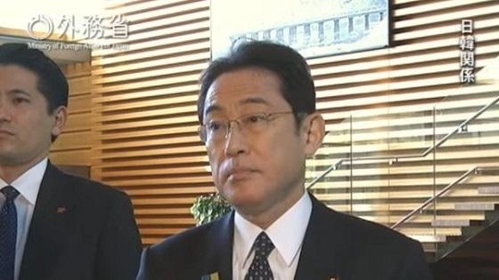 日本政府による韓国への対抗措置によって駐韓大使が帰国して1ヶ月経過したタイミングで読売新聞が2月9日に、朝日新聞と毎日新聞が2月10日にそれぞれ社説で日韓関係についての主張を打ち出しています(画像は岸田外務