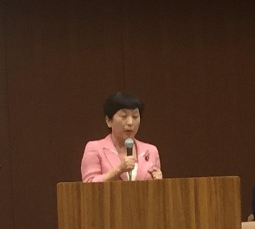 「ないちゃー大作戦!全員集合!!」福島さん、高江での報告!『県道の上のテントを撤去は、法的根拠があるのか? 行政交渉しても答えてくれない。理解出来ない。』ほぼ会場いっぱいです。
