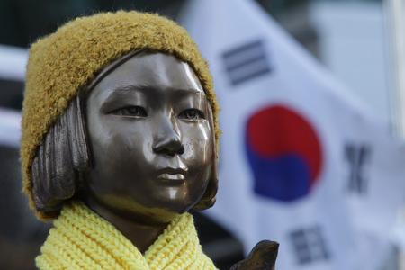 中国大使館前の「脱北者少女像」設置運動はダメ?