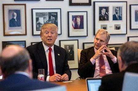 トランプ次期米大統領は2016年11月22日、選挙戦を通じて対立してきたニューヨーク・タイムズ紙の本社を訪問し、社主や編集者、記者らと会談した。