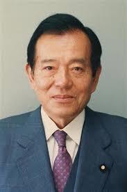 平成6年(1994年)5月に永野茂門法務大臣が就任直後、毎日新聞のインタビューに対して「南京大虐殺はでっち上げだと思う」と発言したら、マスゴミや支那が言論弾圧を行い、在任わずか11日で法相を辞任させらてしま