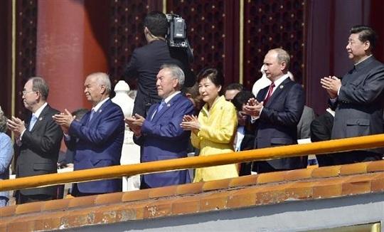 """""""ゴマスリ""""が裏目に? 韓国次期大統領有力候補、潘基文事務総長の支持率も下落"""