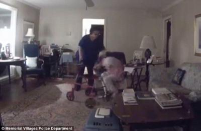 【衝撃!】女ケアワーカーが老婆を殴り続ける!