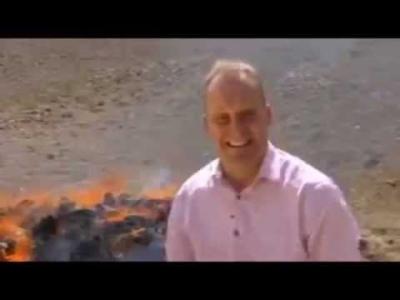 【笑える!】BBCのリポーターがハイになってしまい笑いが止まらない!