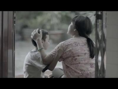 【泣ける!】感動のCM・・・・・人生最高の贈り物。母と子の「絆」に涙!