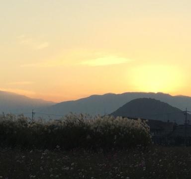 夕暮れの畝傍山