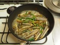 マテ貝の高菜炒め08