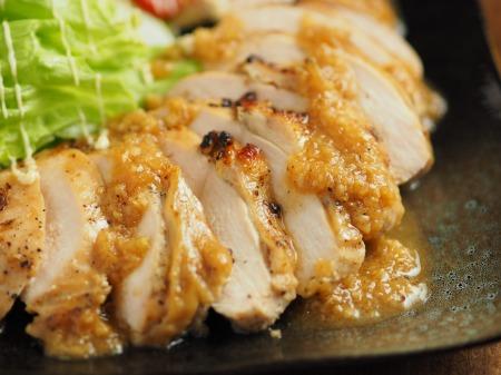 鶏むね肉の玉ねぎソース焼き24