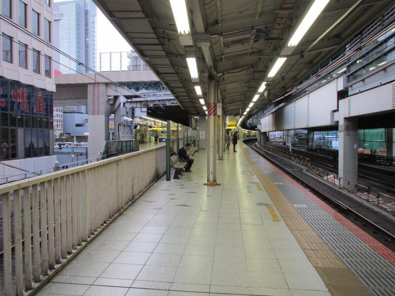 渋谷駅2番線ホーム