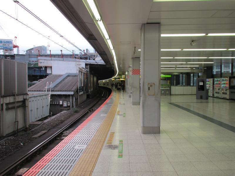 渋谷駅1番線ホーム