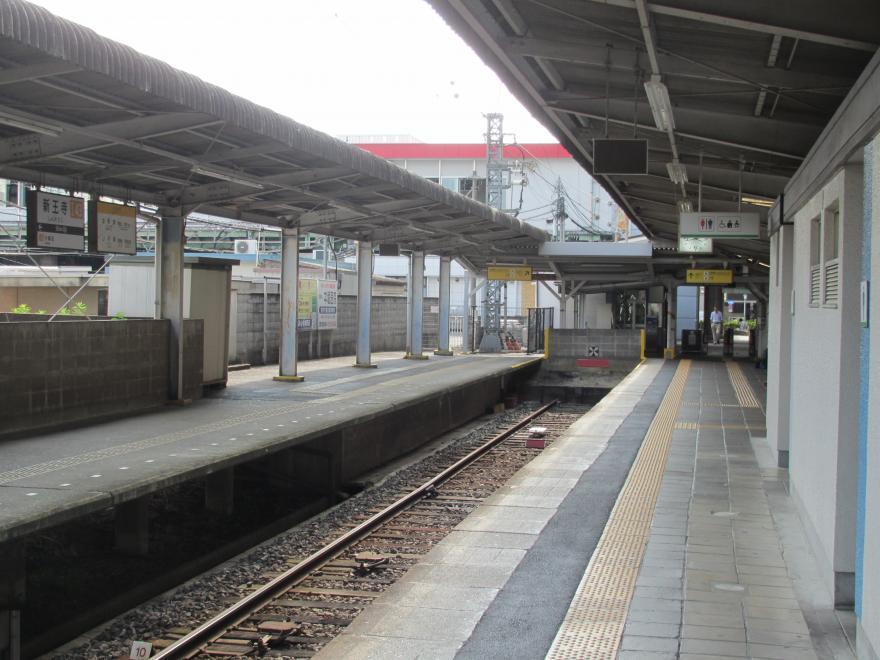 新王寺駅2