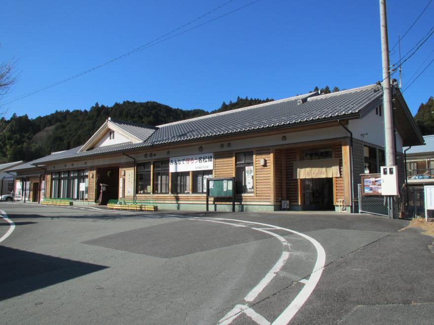 伊勢奥津駅1