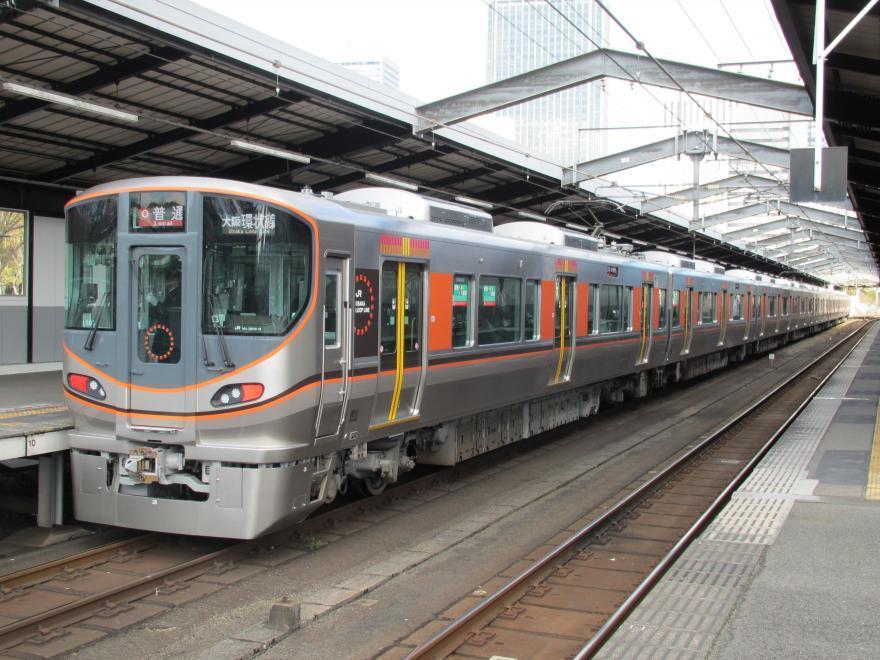大阪環状線323系2