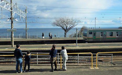 オーシャンビューの根府川駅