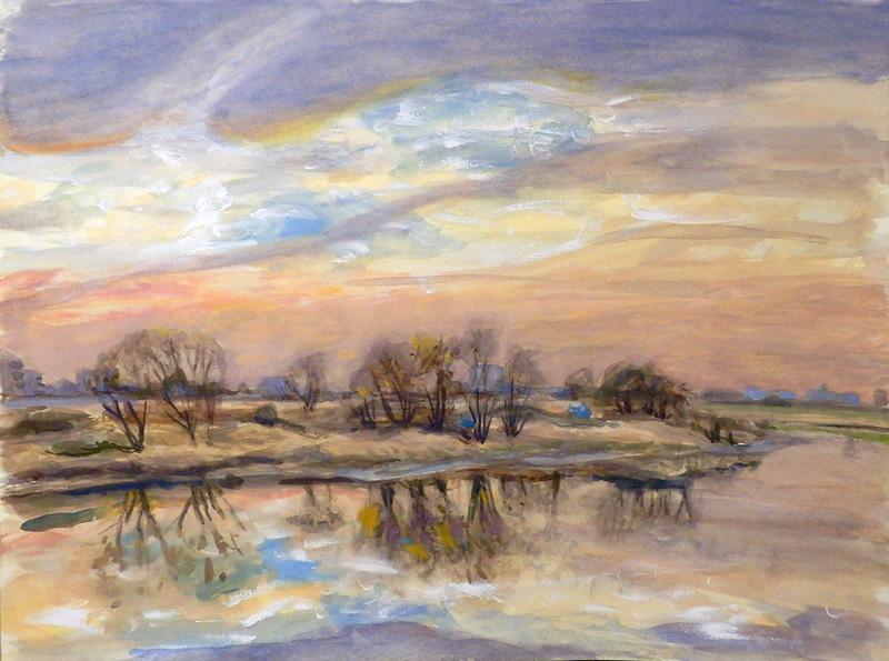 静かな川の夕景