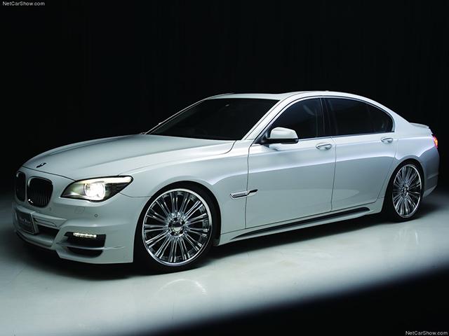 Wald-BMW_7-Series_F01_Black_Bison-2010-1024-02.jpg