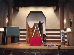 大倉山記念館は、教会みたい。音と声が響きます