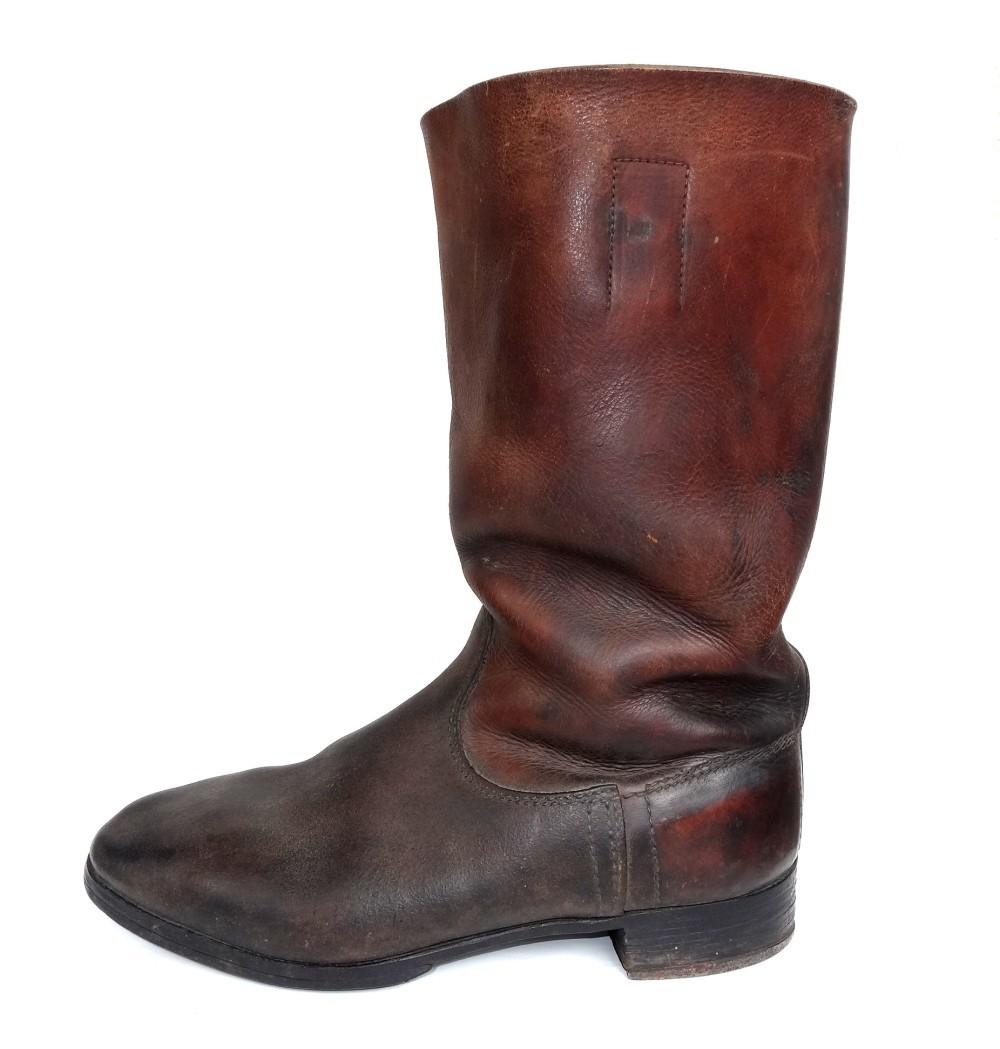 boots3-1.jpg