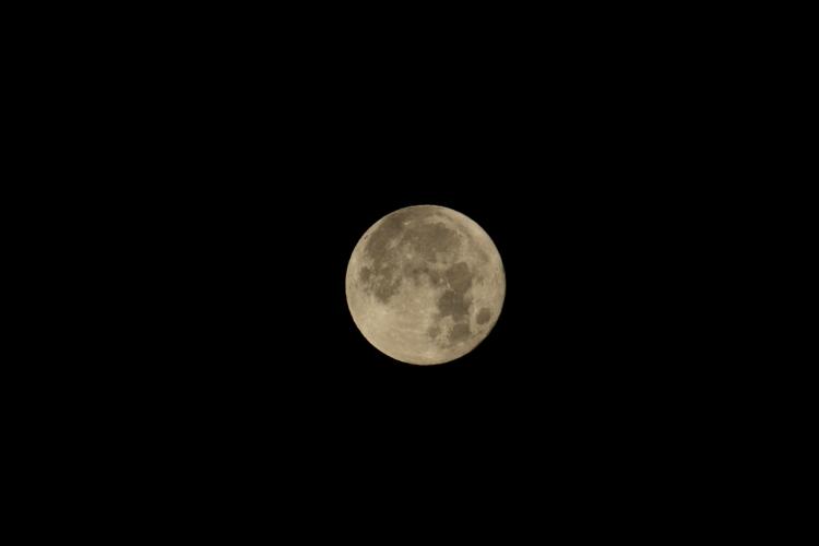 2017年 初満月