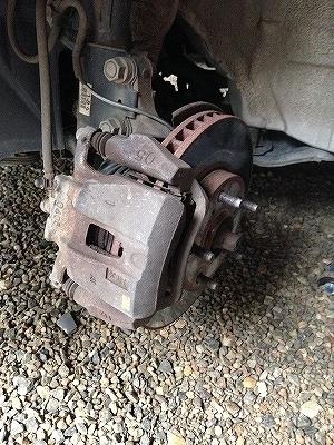 ブレーキパッド・ローター交換 (5)