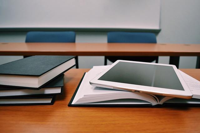 tablet-1910018_640.jpg
