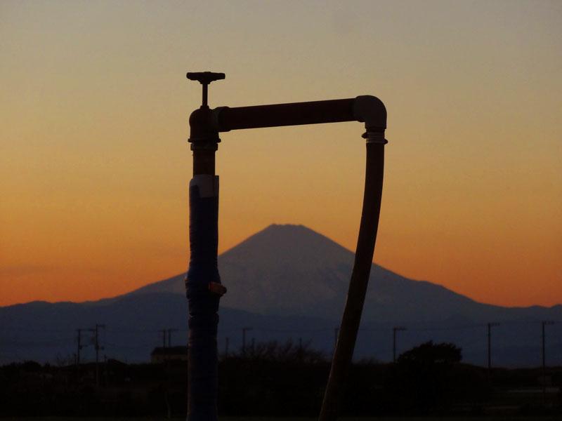161228冨士山と電柱2