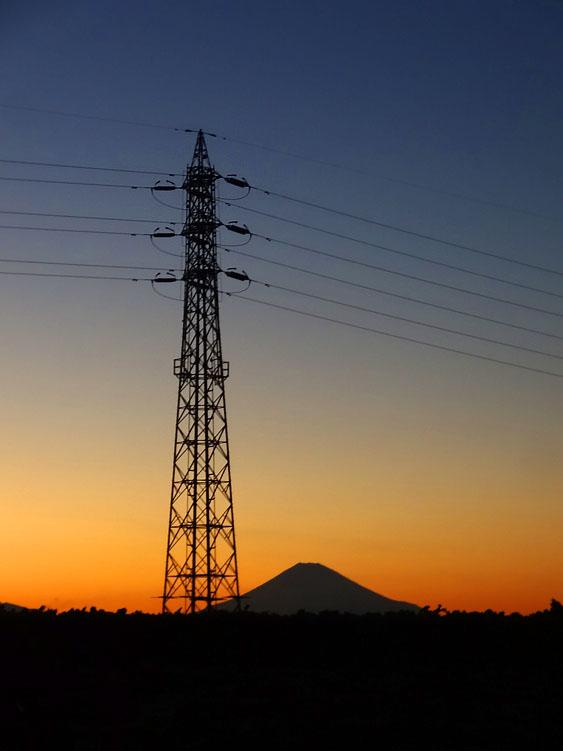 161228冨士山と電柱4