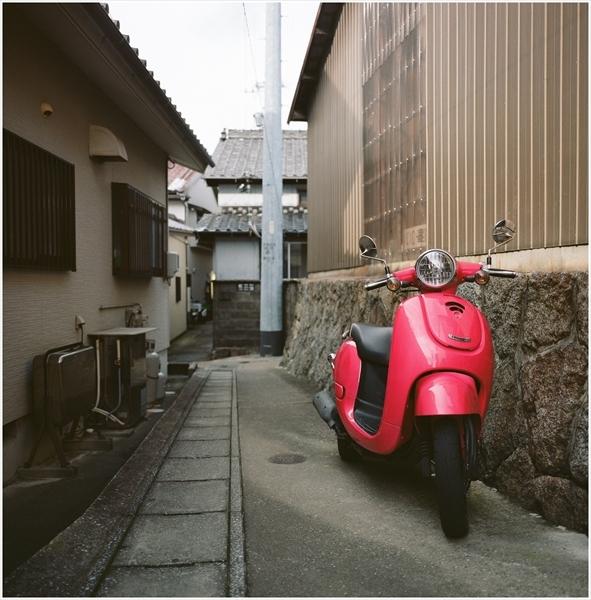 3-g50mm-mamiya6-日間賀島-2016-11-15-portra160-82610003_R