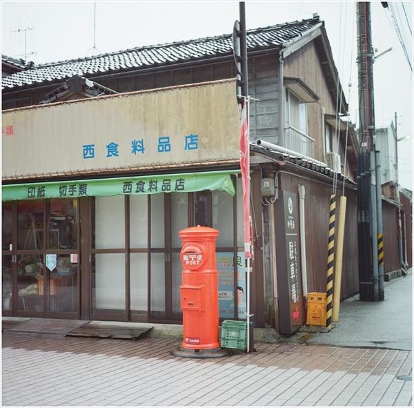 1-ローライ28f-portra400-輪島-2017-1-4-10160003_R