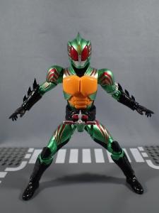 S.H.Figuarts 仮面ライダーアマゾンオメガ024