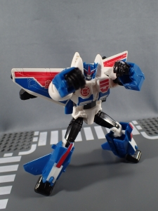 Transformers Robot in Disguise Combiner Force Warrior Class Stormshot (26)