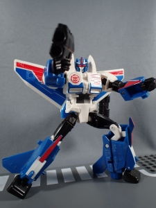 Transformers Robot in Disguise Combiner Force Warrior Class Stormshot (30)