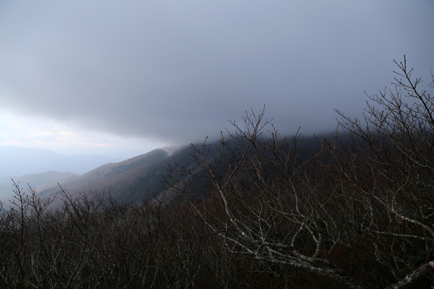 20161120雲に隠れる黒岩