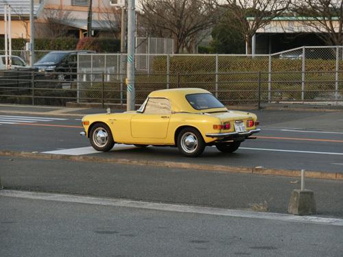 昨日に引き続き・・・! エスハチだ~! 旧車イイね!