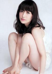 ohshima_yuko_g170.jpg