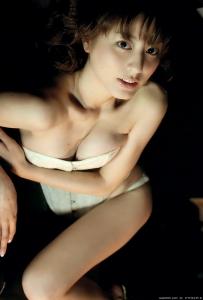 sugimoto_yumi_g187.jpg